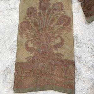 Vintage Sheer BEAUTIFUL Scarf